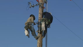 How SRP linemen stay cool amid triple-digit temps