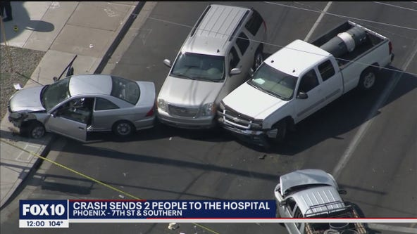PD: 2 hospitalized after driver runs red light, crashes into vehicles in Phoenix