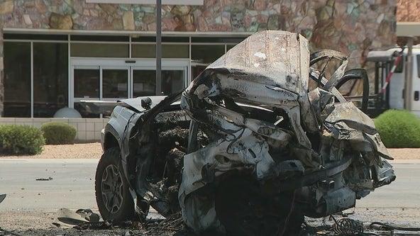 1 dead, 4 injured after fiery West Phoenix crash