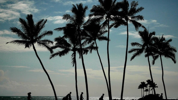 Hawaii to drop COVID-19 restrictions for travelers once 70% of population is inoculated