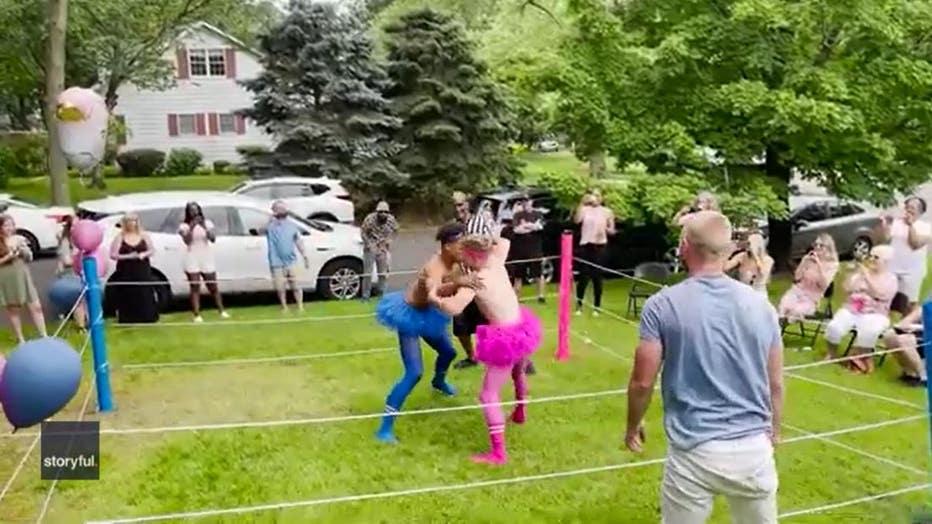 Gender reveal wrestling