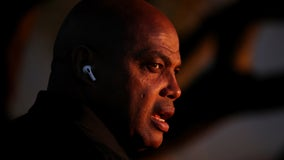 COVID-19 vaccine should be mandatory for NBA players, Charles Barkley says