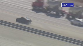 Robbery suspect leads officers on high-speed chase on 15 Freeway