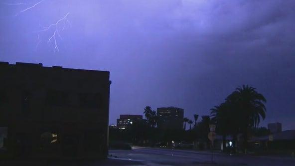 Major region of Arizona rattled by monsoon rain, winds, dust