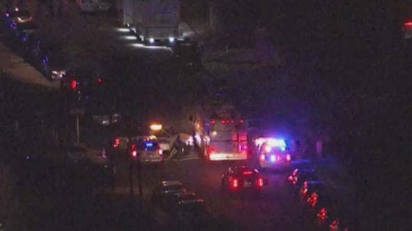 Phoenix Police investigating officer-involved shooting; suspect injured
