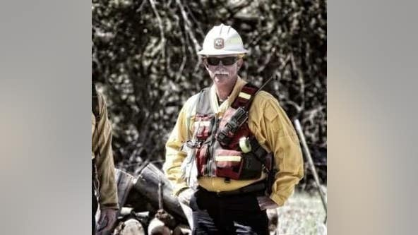 2 firefighters, including fire chief, die in plane crash while surveying wildfire in Wikieup, Arizona