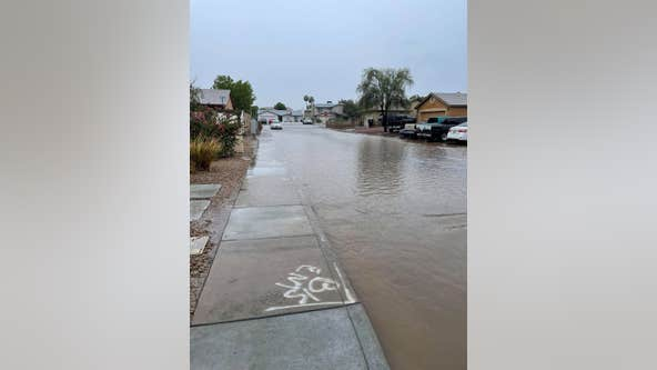 Phoenix area gets another round of weekend monsoon storms; flash flood warnings in effect