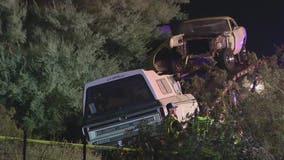 1 dead in crash involving car hauler on I-17 north of Phoenix