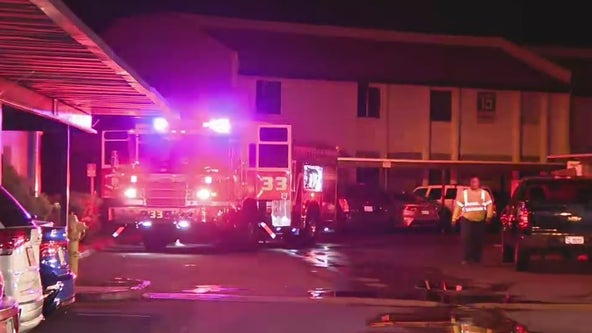 Fire breaks out in North Phoenix apartment complex