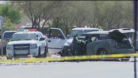 Wrong-way driver dies in fiery Maryvale crash