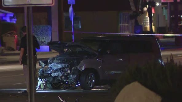 2 people reportedly leave scene of fatal crash in west Phoenix