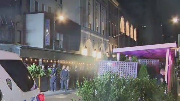 Man shot in leg during robbery outside trendy Philippe Chow restaurant