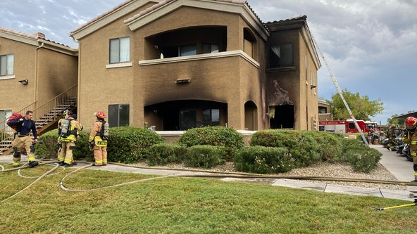 5 people displaced, dog rescued after fire burns West Phoenix apartment