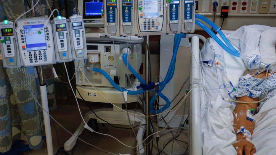 4bec42fc-COVID-19 hospital bed