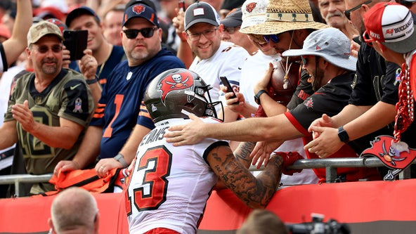 Mike Evans gives away Tom Brady's record 600th touchdown pass