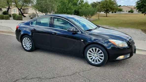 Phoenix family's car stolen when potential buyer takes it for a test drive