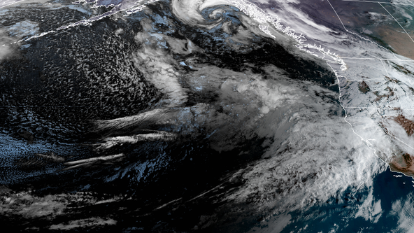 Fascinating 'bomb cyclone' to put on show out in Pacific Ocean