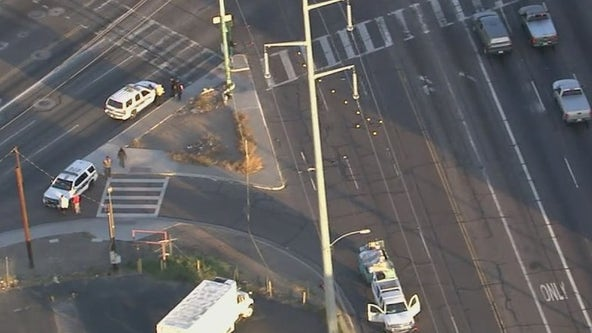1 man dead, another injured after crashes in Phoenix, Glendale