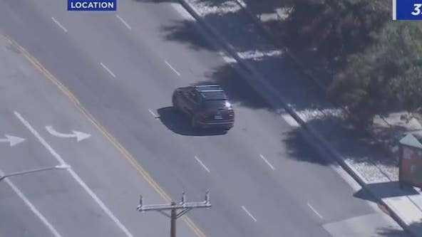 LIVE: LAPD in pursuit of vehicle in San Fernando Valley