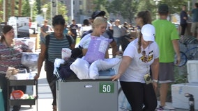 USF move-in day leaves students, parents dripping with accomplishment, sweat