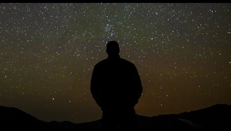 0f4ea3e6-meteor-shower-404023.jpg