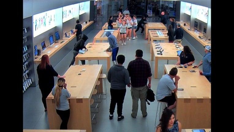 f12edfe1-Apple store theft_1531360443064.PNG-405538.jpg