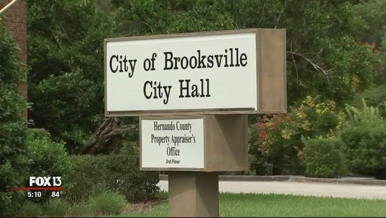 b8cab7a8-Brooksville_weighs_marijuana_laws_1_20181008211536