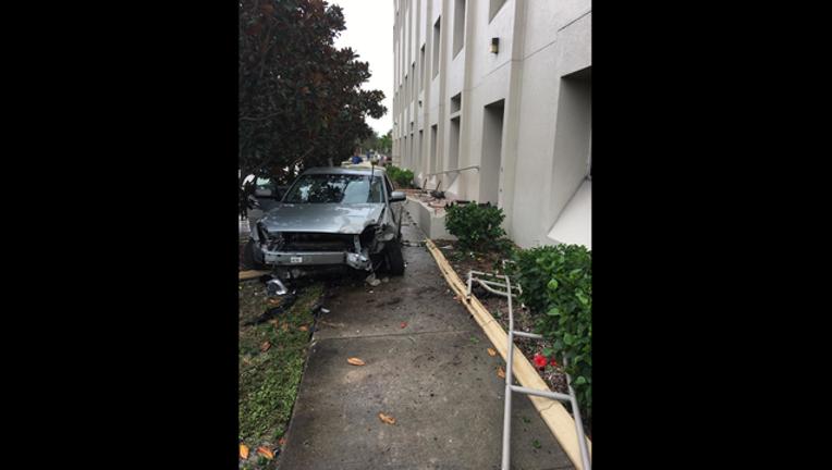 0ffa1387-Car vs Hospital_1512906814785.png