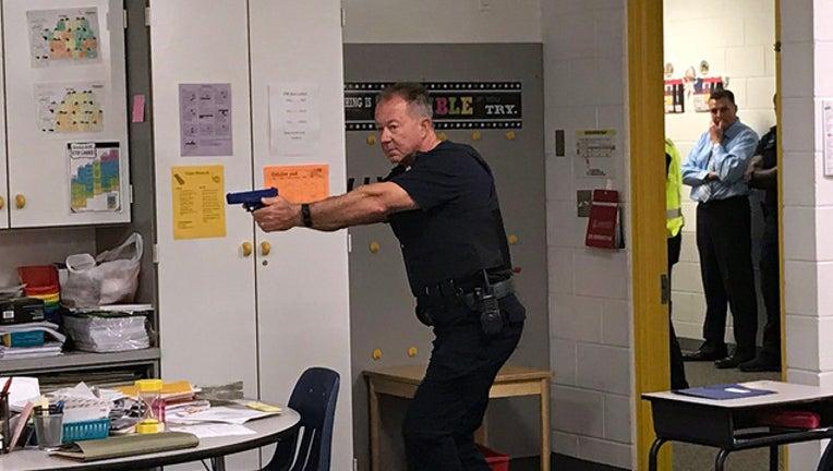 f06d5edf-School shooter training WTVT