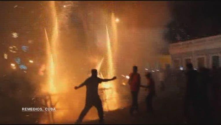 a86cb80e-Fireworks_accident_leaves_dozens_injured_0_20171226113530
