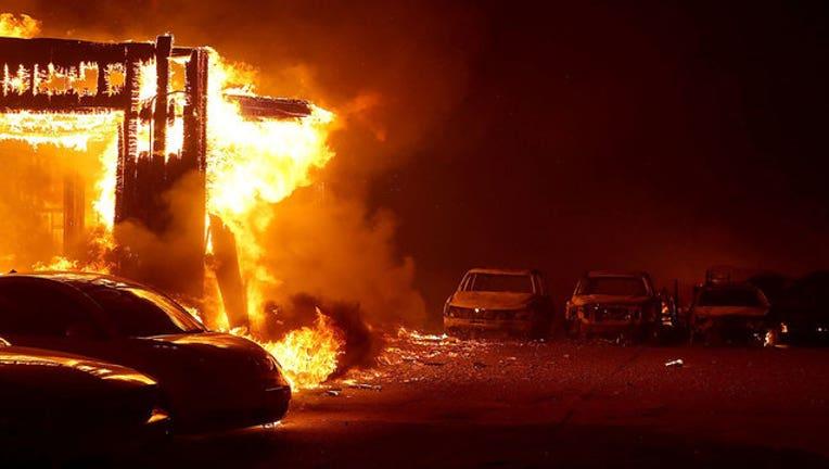 301d6968-GETTY-california-fires-11-9-18-wnyw-402970