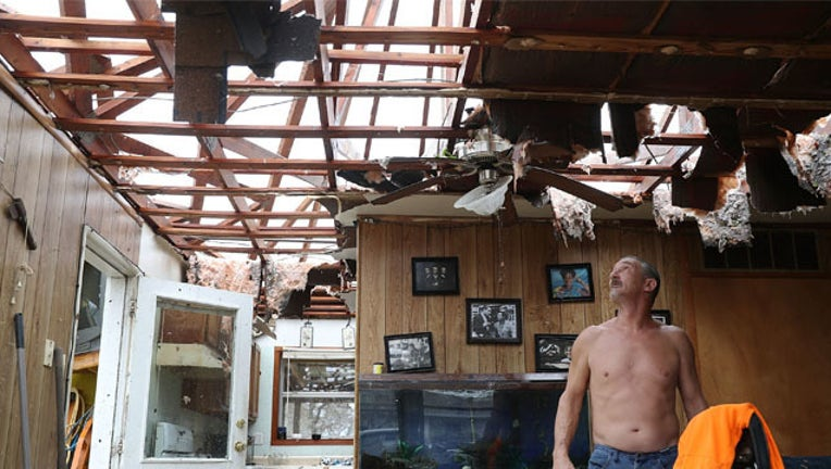 c1cf9122-GETTY Harvey damage_1503821735272-407693.jpg