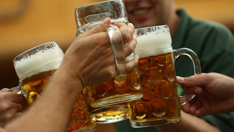 b2a5da11-GETTY_beer_101618_1539683707200.jpg