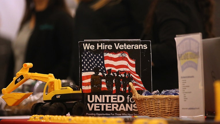 ed990434-hire a veteran getty 872216830_1564062921787