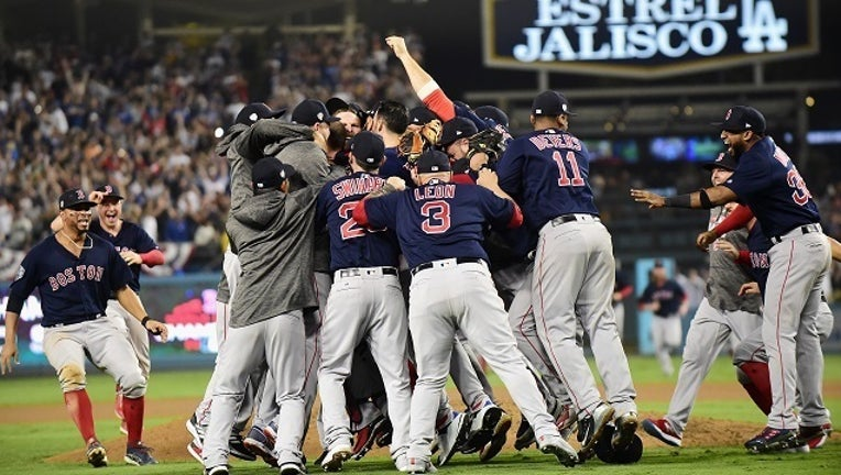 56ea2211-GettyImages Boston Red Sox win World Series-401096