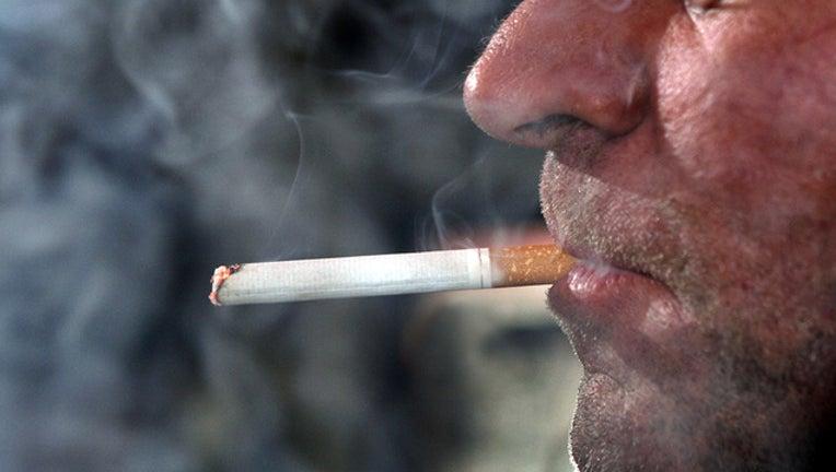 3f9d74ef-Getty-smoking_smokeban_1534962610010