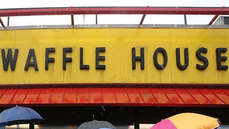 6d8dbe83-Getty_Waffle House Closed in FL_101018_1539180900365.jpg-403440.jpg