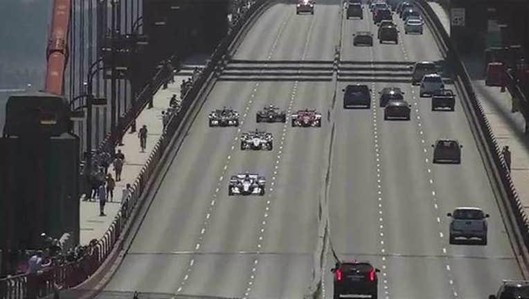158d351d-Indycar-GG-Bridge-405538