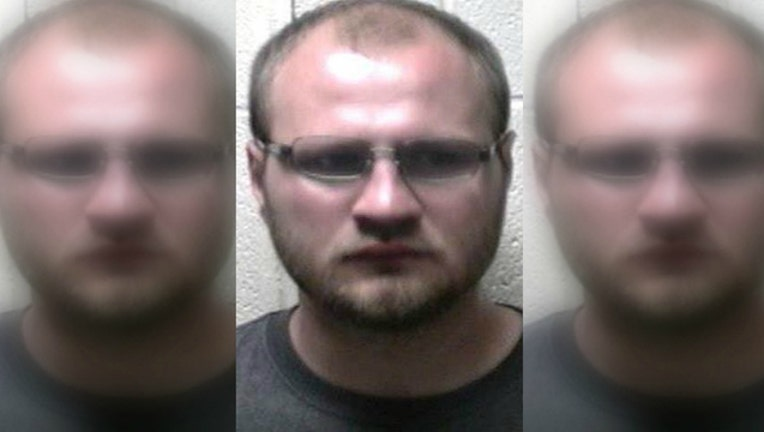 0dc5f80e-Johnny Mullins was arrested for allegedly starting a wildfire to get likes on his Facebook page-404023.
