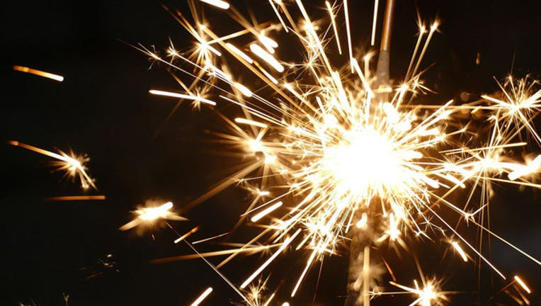 6013a25d-NEW-YEAR-SPARKLER_1514743114835-401720.jpg
