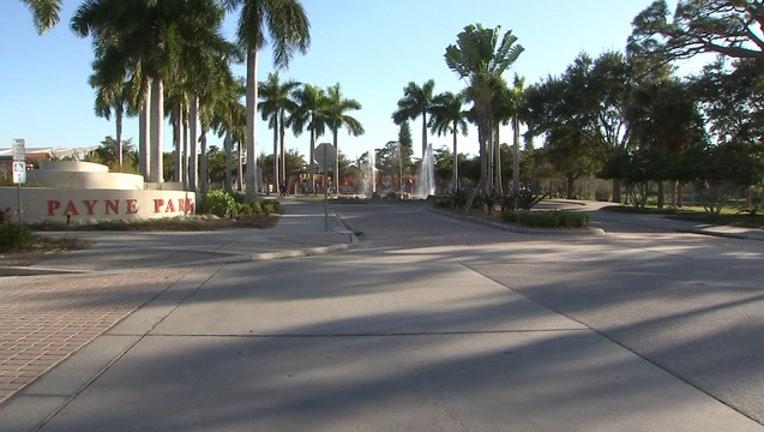 efabfe08-Sarasota Teens Beat Officer 10pm VO KC_WTVT8ffb_186.mp4.00_00_04_14.Still001_1549598284682.jpg.jpg