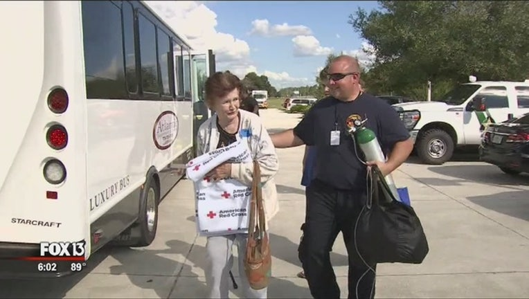 2d2e1a88-Special_needs_evacuees_arrive_in_Pasco_1_20181015222053
