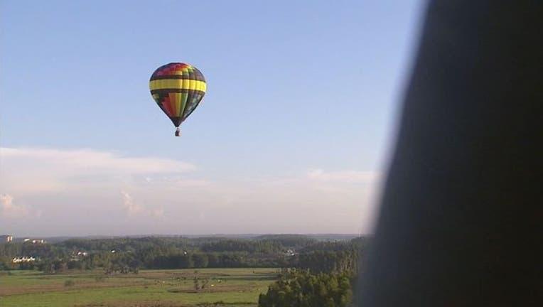 3eeee9e4-hot air balloon 3