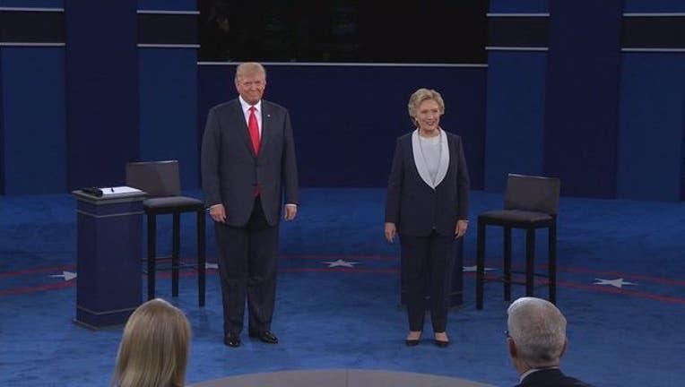 Trump and Clinton debate 2-401720