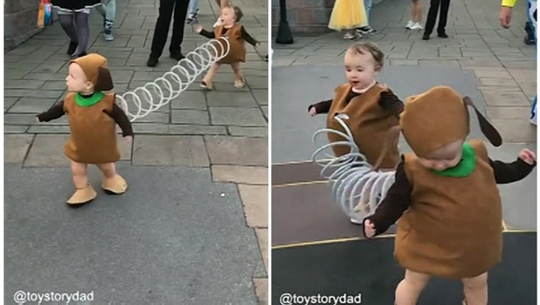 064018a5-Toddlers_stick_together_in__Slinky_Dog___0_20181001102200