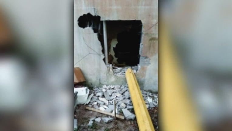 28b86c2f-hole in wall burglary.jpg
