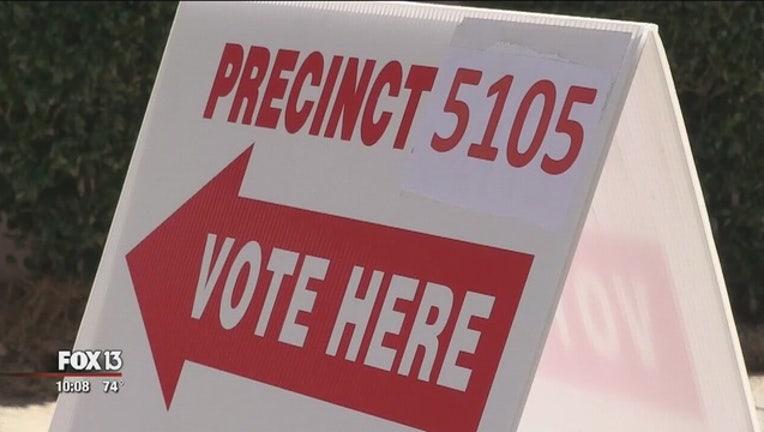 25ce35c1-Voters_prepare_for_Flordida_primary_0_20160315022348