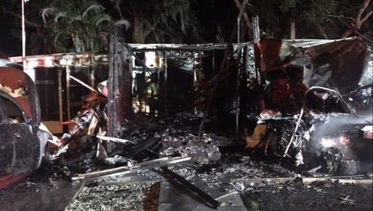 329cb28e-Winter Haven mobile home fire (2)_1539521132300.jpg.jpg