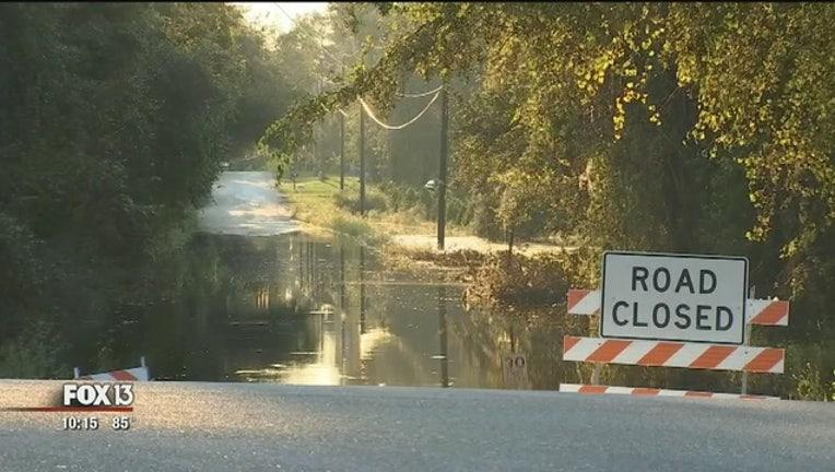 1bbc6526-Withlacoochee_flooding_rakes_residents___0_20170921025247