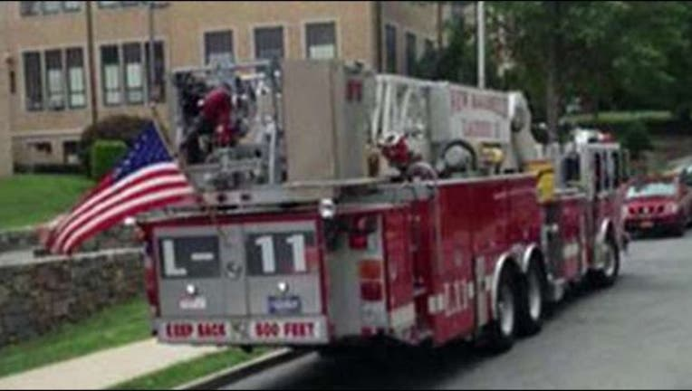 f76575b4-american-flag-firetruck_1472313958204-404023.jpg